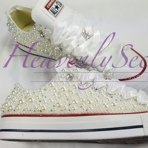 8d0f52b6665a Custom Bridal Blinged White Low Top Converse